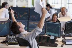 Finansai kompiuterio ekrane